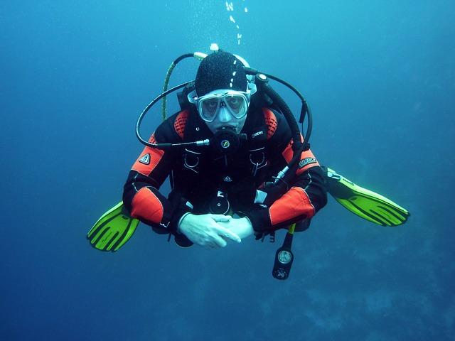 diver-streamlined