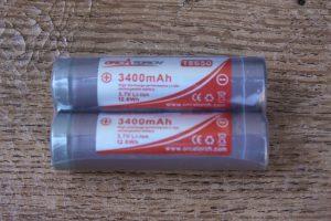OrcaTorch D520 18650 Rechargeable Batteries